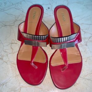 Fendi Red Patent Leather Bow thong wedge sandals